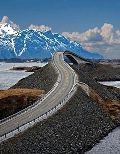 Sharp turns and wild nature have put the Atlantic Road at the top of the British newspaper The Guardian's list of the world's best road trips. Atlantic Ocean Road takes you over 8 brigdes from islet to islet out to the very point where the land ends and the ocean begins. Norway