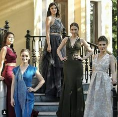 Turkish Women Beautiful, Turkish Beauty, Bridesmaid Dresses, Prom Dresses, Formal Dresses, Wedding Dresses, Classy Aesthetic, Turkish Fashion, Stylish Girl Images
