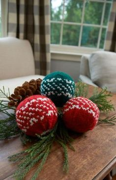 Nordic Holiday Balls Free Knitting Pattern from Red Heart Yarns