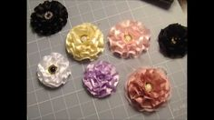 Super Quick and Easy Flower Tutorial!! Less than 5 min. to make!
