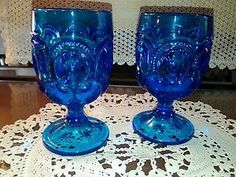 Smith-Glass-moon-and-stars-goblets