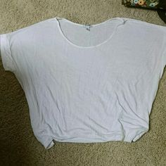 Old Navy dolman top Old Navy tee with banded dolman sleeves never been worn Old Navy Tops