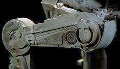 Découvrez dans cette immense galerie pas moins de 140 photos des maquettes des vaisseaux ayant servi pour le tournage de la 1ere trilogie Starwars. Ces photos permettent d'apprécier le très grand niveau de détail donné à ces différentes maquettes. A savoir qu'on peut voir de plus prés certaines de c