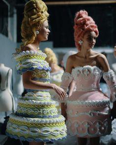 Land of Paper & Stars Fashion Art, High Fashion, Fashion Beauty, Fashion Outfits, Fashion Design, Couture Mode, Couture Fashion, Runway Fashion, Beautiful Outfits