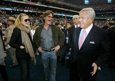 Kate Hudson & Kurt Russell w/ Patriots owner, Robert Kraft before the last Patriots-Giants Super Bowl match-up on Feb 3, 2008.