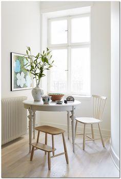50+ Decoration Ideas: Make Small Apartment Look Big