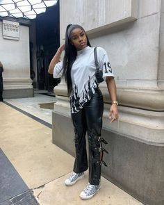 Baddie Outfits For School, Dope Outfits, Retro Outfits, Girl Outfits, Fashion Outfits, Hipster Fashion, Uk Fashion, Fashion Killa, High Fashion