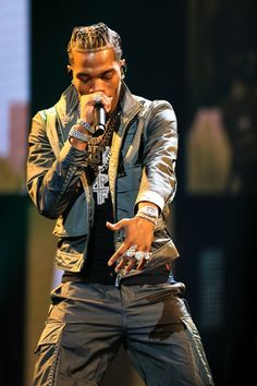 Lil Baby Photos - Lil Baby performs onstage at the BET Hip Hop Awards 2019 at Cobb Energy Center on October 2019 in Atlanta, Georgia. - 2019 BET Hip Hop Awards - Show Tomboy Fashion, Queer Fashion, Tomboy Style, Tomboy Outfits, Swag Style, Rock Style, Newborn Pictures, Baby Photos, Bet Hip Hop Awards