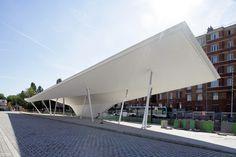 A Canopy and a Pavilion at Porte des Lilas,© Nicolas Waltefaugle