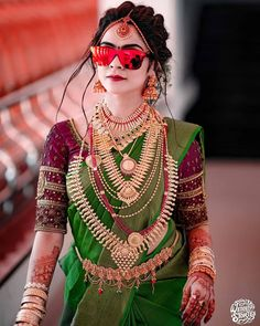 Indian Bride Poses, Indian Bridal Photos, Indian Bridal Outfits, Indian Bridal Fashion, South Indian Bride, Kerala Hindu Bride, Kerala Saree Blouse Designs, Wedding Saree Collection, Stylish Blouse Design
