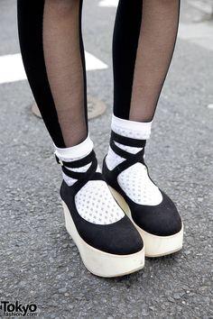 Black Rocking Horse Shoes inspired Platforms - Thumbnail 1
