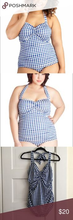 Plus Size Bombshell Pinup 1950s Style Swimsuit Never worn! This was washed but not worn, the liner is still on the panty. One piece halter top style that ties at the neck with ruched sides that come down to hug the hips. Esther Williams brand, so you know this is well constructed. VERY FLATTERING! Size 16w, see size chart. Swim One Pieces