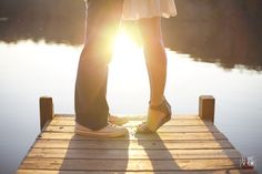 tiptoe kiss on the dock - ahhh Can't wait to re-create this summer
