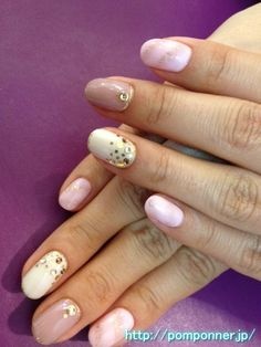 Nail nail coating that combines solid beige, white, pink