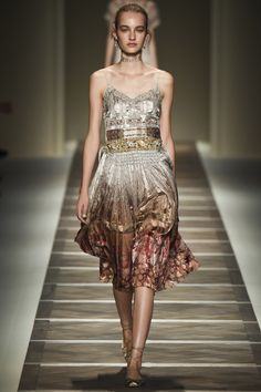 Love this Taupe to Brown to a Hint of Red Spaghetti Strapped Dress by Etro Spring 2016 Ready-to-Wear Collection Photos - Vogue
