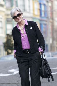 pink, pearls, & pinstripes | style at a certain age #overfiftyblogger