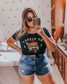Streetwear Plus Size Outfits To Make You Confident – Trendy Fashion Ideas Source by giovannafashionmode ideas plus size Curvy Girl Outfits, Girls Summer Outfits, Plus Size Outfits, Casual Outfits, Fashion Outfits, Fashion Ideas, Fashion Jobs, Chubby Fashion, Curvy Girl Fashion