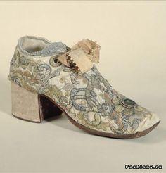 Старинная обувь (54 фото). Обсуждение на LiveInternet - Российский Сервис Онлайн-Дневников Character Shoes, Heeled Mules, Dance Shoes, Footwear, Booty, Heels, Rococo, Clothes, Antique