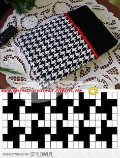 Needles and Brushes: Cover for netbook in tapestry crochet Crochet Diy, Filet Crochet, Crochet Crafts, Crochet Projects, Diy Crafts, Tapestry Crochet Patterns, Crochet Stitches Patterns, Stitch Patterns, Knitting Patterns