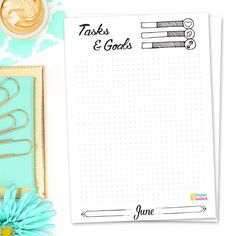 Printable BuJo Freebies for December 2017 consisting of four pages you can easily print at home to use in your monthly bullet journal setup. Bullet Journal Paper, How To Bullet Journal, December Bullet Journal, Bullet Journal Printables, Bullet Journal Spread, Bullet Journal Layout, Bullet Journal Inspiration, Bullet Journals, Printable Calendar Pages