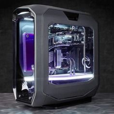 Corsair Gaming Custom Frozen Gray 780T Build. The display of our future systems are looking so good. Almost like looking at an aquarium. #rigs http://amzn.to/2ldYdqf