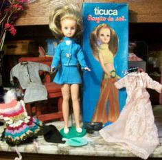 Donde estan tus muñecas? Where are your dolls?: Rayito de Sol