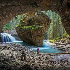 Johnston Canyon, Banff, Canada By: Tag someone to explore this with! Places Around The World, Oh The Places You'll Go, Places To Travel, Places To Visit, Travel Destinations, Alberta Canada, Banff Canada, Banff Alberta, Canada Canada
