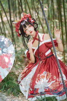 Quirky Fashion, Lolita Fashion, Cosplay Outfits, Cosplay Girls, Kawaii Cosplay, Japanese Street Fashion, Poses, Lolita Dress, Ulzzang Girl