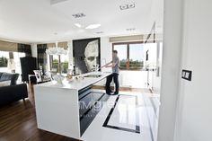 Beautiful interior in a glamour style! Beautiful Interiors, Interiores Design, Office Desk, Kitchen Island, Vanity, Mirror, Modern, House, Furniture