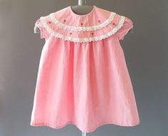 50s Girls -Little Pink Dress- 1950s Vintage  Little Girl Pink Dress - 50s Baby Toddler Dress w Embroidered Flowers- by Carabi Made in France. By CatinasVintage on Etsy. #catinasvintage #50sbaby #50sgirls