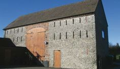 Stokes Barn is located on top of Wenlock Edge, an Area of Outstanding Natural Beauty, in the heart of Shropshire countryside. Welsh Marches, Barn Animals, Old Barns, Barn Quilts, Hostel, World Heritage Sites, Outdoor Activities, Countryside, Mount Rushmore