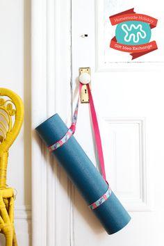 Homemade Holiday Gift Idea: Make A No-Sew Yoga Mat Strap — 2015 HOMEMADE HOLIDAY GIFT IDEA EXCHANGE: PROJECT #6