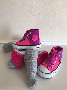 Mein Orig. Converse All Star Baby Sneakers Gr.19 Neu von Converse! Größe 19 für 17,00 €. Schau´s dir an: http://www.mamikreisel.de/kleidung-fur-madchen/baby-und-krabbelschuhe/35344088-orig-converse-all-star-baby-sneakers-gr19-neu.