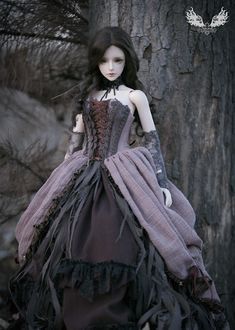 The outfits were co-designed by Nalisinko and Spiritdoll, and made by Nalisinko independently.  I had spent too many energy for this order at last month, when Spiritdoll told me, she love this dress so much, I had felt there has not anything could made me more happy than that !  If you wanna buy this doll, you could go to Spiridoll website ^^ www.spiritdoll.net/index.php