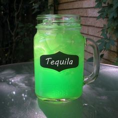 Green Apple Kool Aid Cocktail with Tequila Easy Mixed Drinks, Mixed Drinks Alcohol, Party Drinks Alcohol, Alcohol Drink Recipes, Fun Drinks, Fireball Recipes, Blended Drinks, Martini Recipes, Yummy Drinks