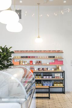 jeni's ice creams store interior styling / sfgirlbybay