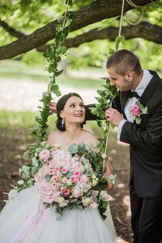 svadba_tibenska_13 Bridesmaid Dresses, Wedding Dresses, Glamour, Fashion, Bridesmade Dresses, Bride Dresses, Moda, Bridal Gowns, Fashion Styles