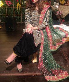 Pinterest: @pawank90 Pakistani Couture, Pakistani Wedding Dresses, Indian Bridal Fashion, Asian Fashion, Desi Clothes, Asian Clothes, Muslim Dress, Pakistan Fashion, Indian Designer Wear