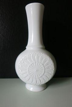 Royal Porzellan Bavaria KPM Germany Handarbeit weiße Vase Nr. Höhe ca. 20,5 cm, schönes Ornamentrelief, innen und außen glasiert. | eBay!