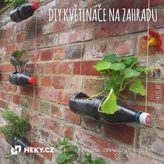 Vytvořte si netradiční, ale praktické DIY květináče na zahradu z PET lahví