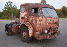Crazy Cabover: White 3000 COE Sleeper #Oddballs, #Trucks, #USA #Sleeper, #White - https://barnfinds.com/crazy-cabover-white-3000-coe-sleeper/