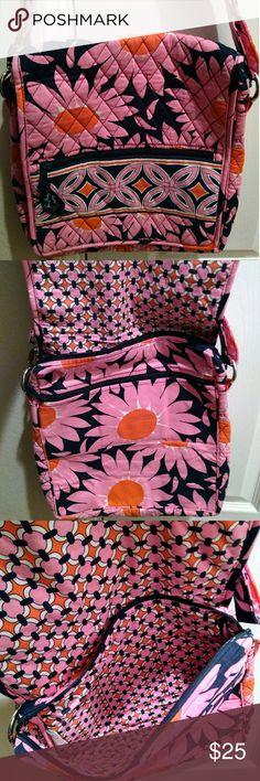 "Vera Bradley crossbody shoulder bag Gently used comes from a smoke free home 12x13"" Vera Bradley Bags Crossbody Bags"