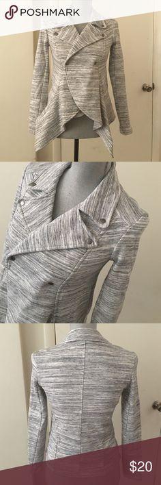 JESSICA SIMPSON JACKET NWOT Fun Jacket great with jeans Jessica Simpson Jackets & Coats Blazers