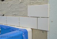 1000 ideas about decorating around bathtub on pinterest - Tub onder dak ...