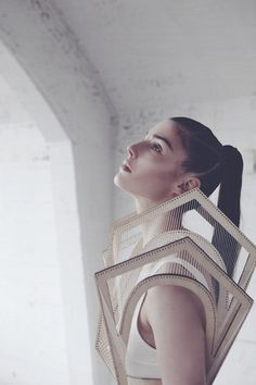 Architectural Fashion - 3D garment with structured panels; creative fashion design // Winde Rienstra