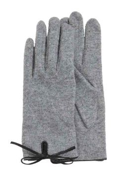 Gloves in a wool blend