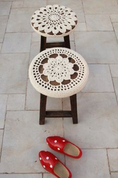Crocheted Stool Covers 2 patterns
