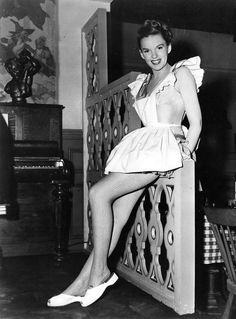 Judy Garland on set of Easter Parade (1948)