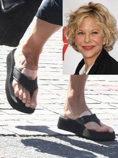 """Meg Ryan, a former actress called """"America's Sweetheart"""", has some unattractive feet. Celebrity Bodies, Celebrity Feet, Foot Pictures, New Pictures, Animal Pictures, Tailors Bunion, Actress Feet, Meg Ryan, Ugly Shoes"""