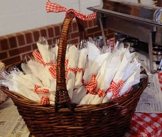 Napkins tied with red and white gingham ribbon for BBQ or informal party. Napkins tied with red and white gingham ribbon for BBQ or informal party. Napkins tied with red and white gingham ribbon for BBQ or informal party. Soirée Bbq, Barbecue Party, I Do Bbq, Bbq Decorations, Picnic Party Decorations, Picnic Table Centerpieces, Wedding Decorations, Baby Q Shower, Birthday Bbq